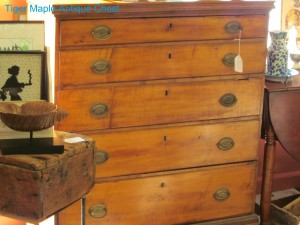 North Kingstown RI antique chest of drawers