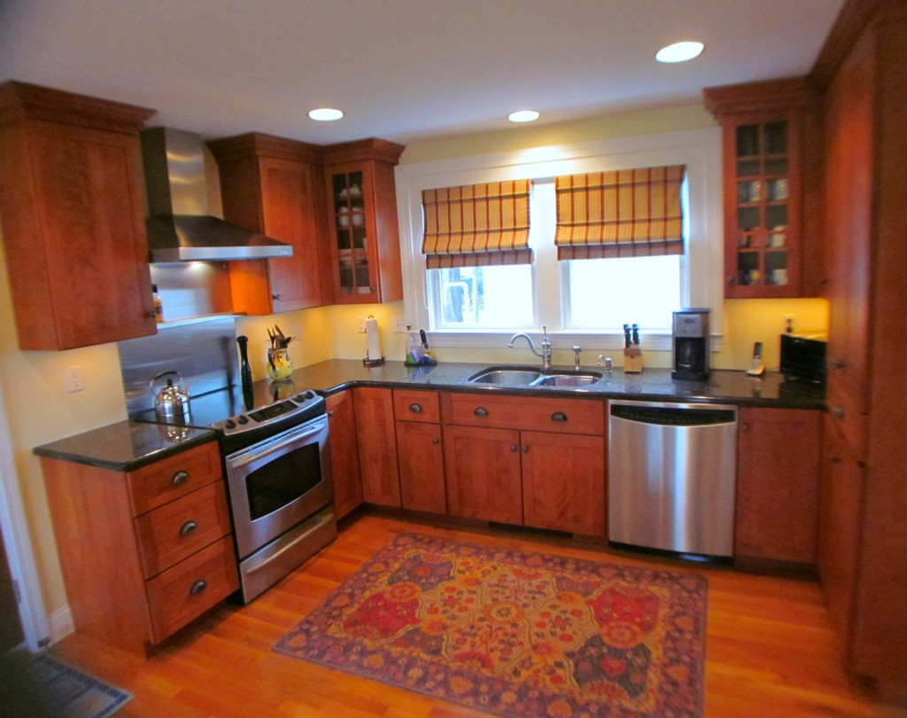North Kingstown Rhode Island Real Estate-204 Mount View Avenue kitchen