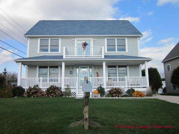 Coastal Narragansett RI real estate stats for October