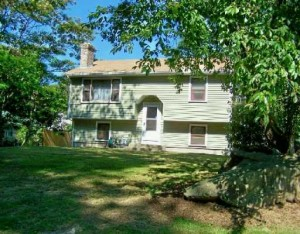 Another RI Short Sale Home Under Contract | North Kingstown real estate