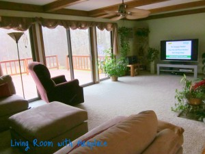 Living room at 80 Fawns Run North Kingstown RI real estate