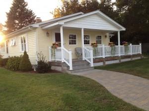 North Kingstown Coastal Home in RI real estate
