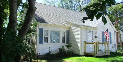 Cape Cod Home for Sale 1052 Main Street Coventry RI 02816